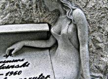 rzeźba kobieta wkamieniu